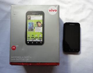 Celular Motorola Defy+ Mb526