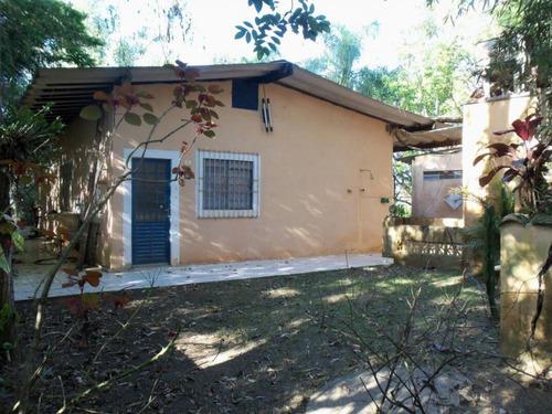 Imagem 1 de 14 de Linda Chacara A Beira Da Rodovia - Ch001/v