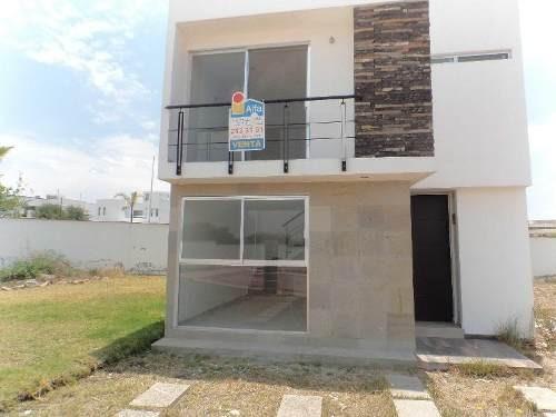 Casa Nueva En Venta, Ciudad Maderas Querétaro. 3 Recamaras