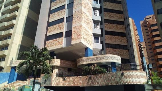 Apartamento En Venta La Trigaleña Valencia Cod 20-5416 Ar