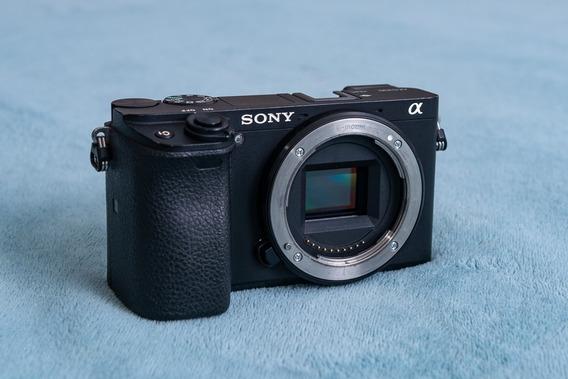 Câmera Sony Alpha A6300 (corpo)