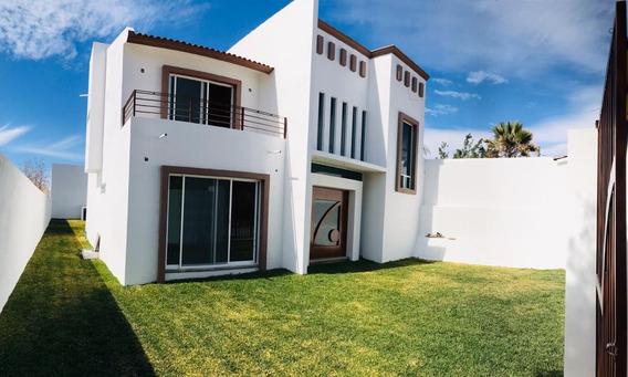 Preciosa Residencia Totalmente Nueva, Conócela.