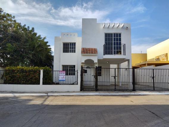 Casa - Fraccionamiento Villas Chairel
