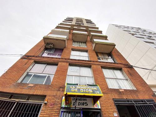 Venta Apartamento Tres Cruces - Goes  Ap.