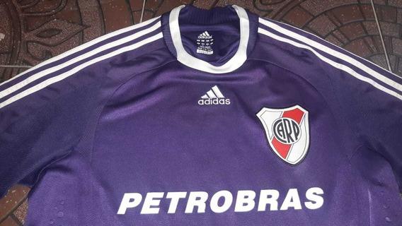 Camiseta Violeta River