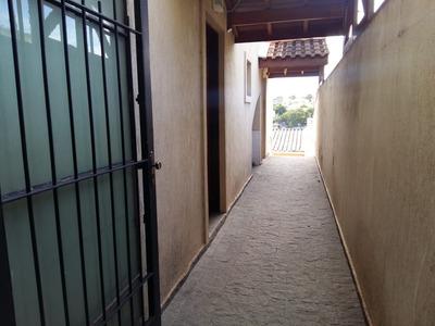 Casa - 208m² - 3 Quartos - 2 Vagas - Edícula - Churrasqueira