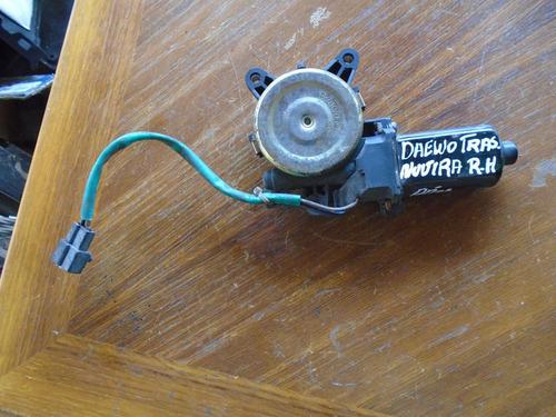 Vendo Motor De Regulador Der Ventana De Daewoo Nubira, 2000