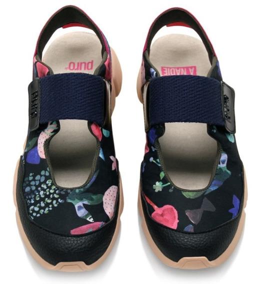 Zapatillas Puro Cosmo Cuero Sintético Y Telas Estampadas