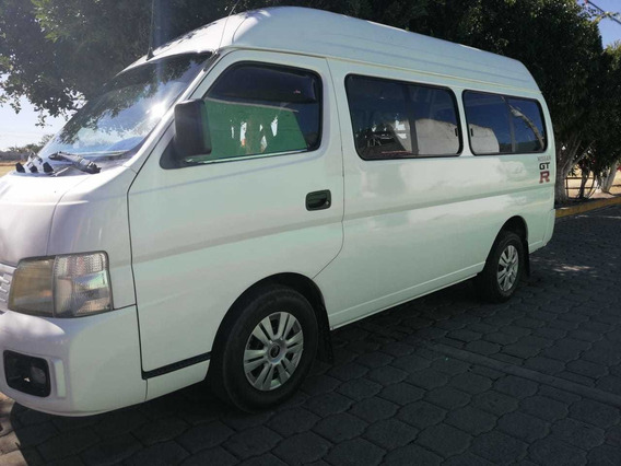 Nissan Urvan 2.4 Lts