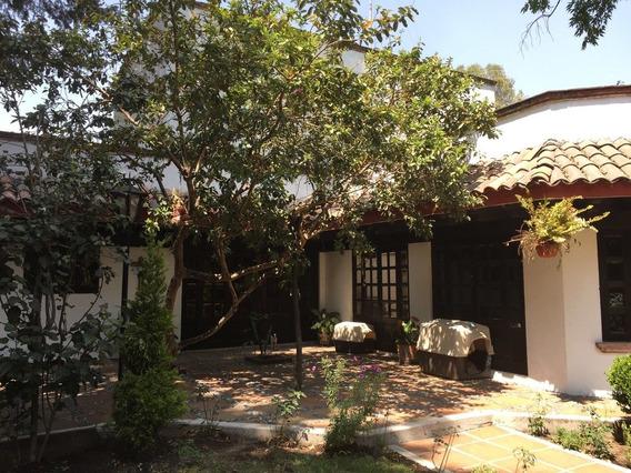 Pedregal, Casa Para Remodelar Con Estupendo Terreno Arbolado.