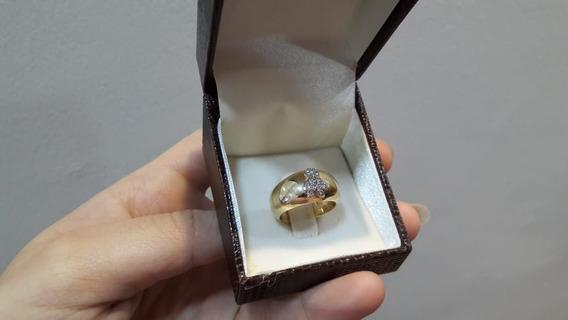 Anel Em Ouro Amarelo 18k, Com Bonequinho Em Diamantes