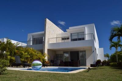 Hermosa Villa Amueblada En Playa Nueva Romana