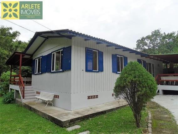 Casa No Bairro Quatro Ilhas Em Bombinhas Sc - 374