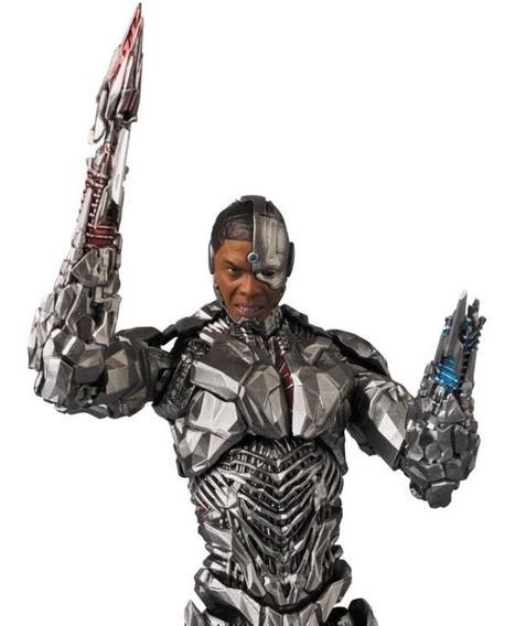 Medicom Toy Justice League Mafex No.063 Cyborg