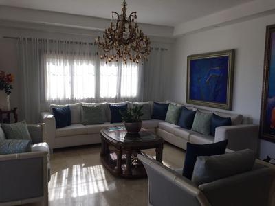 Penthouse De 5 Habitaciones En Bella Vista Amueblado