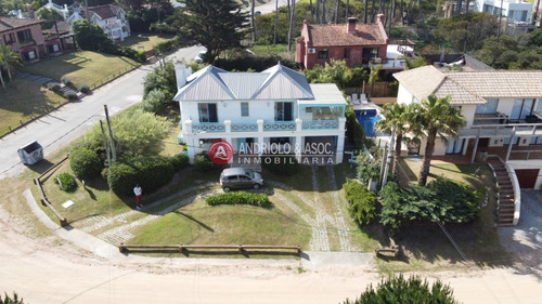Casa, 3 Dormitorios, 2 Baños, Montoya, Punta Del Este, Venta Y Alquiler- Ref: 6756