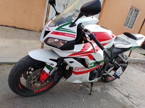 Imagen 1 de 7 de Honda Moto De Pista