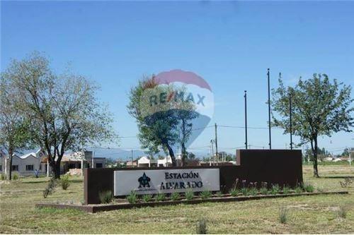 Venta Terreno En Zona Sur - Est. Alvarado - 300 M2