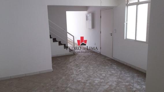 Sobrado Comercial Com 5 Dormitórios Sendo 1 Suíte E 6 Vagas E Com Edícula, Em Penha - Pe28107