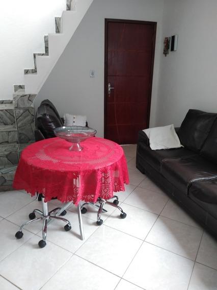 Casa Com 2 Quartos,sala,banheiro,cozinha E Cobertura