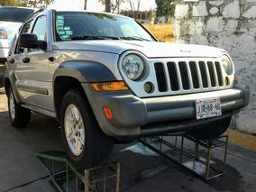 Jeep Liberty Sport 4x2 At 2005