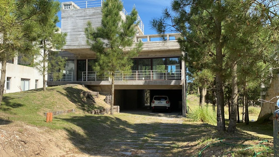 Casa En Tres Plantas,para 10p. Particular. Costa Esmeralda