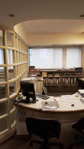 Imagen 1 de 8 de Oficina De 62m² Ern Zona Centro Con Posibilidad De Cocheras.