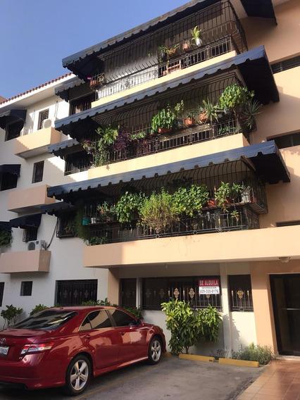 Amplio Apartamento En Reconocido Residencial Prol. 27 Feb