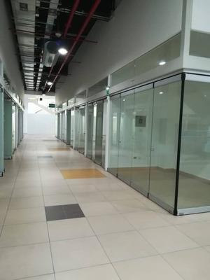 Se Alquila Tienda Comercial En Mall De Gamarra Moda Plaza