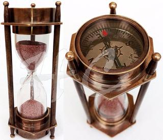 Reloj De Arena Y Compass Adjunto Estilo Antiguo (compare Ya)