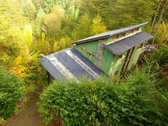 Casa De 135 M2 Con 2 Lofts Turísticos, Lote De 2.000 M2 En Villa La Angostura
