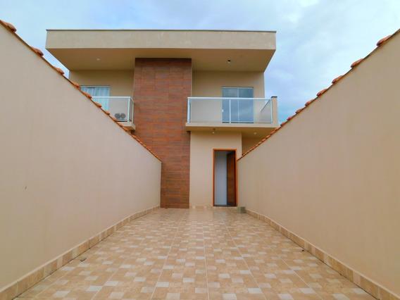 Casa Sobreposta À Venda No Jd. Ribamar Na Praia De Peruíbe.