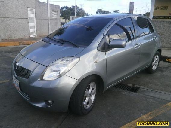 Toyota Yaris Full Equipo