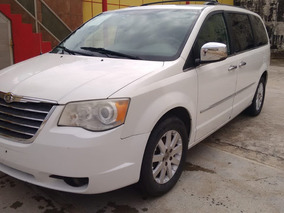 Chrysler Town & Country 2009 Limited Blanca
