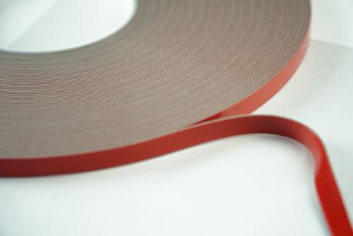Imagen 1 de 4 de Adhesivo Acrilico Doble Cara De 18mmx33mts