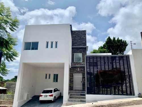 Venta Moderna Casa En Fraccionamiento, Norte De Cuernavaca