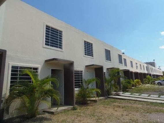 Casa En Venta La Ensenada Barquisimeto Lara 20-123
