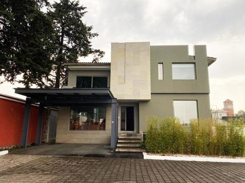 Casa En Venta En Residencial La Providencia, Metepec
