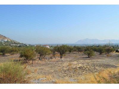 Terreno 4.039 Mt2, Ubicado En La Hacienda De Chicureo. Vista A Cancha De Golf