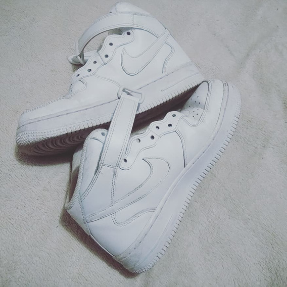 Tênis Nike Air Force, Modelo Cano Alto