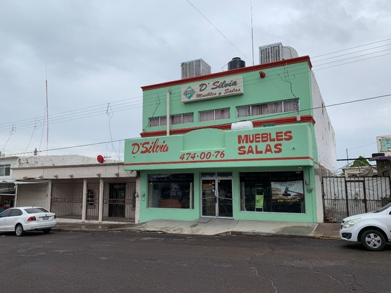En Renta Local Comercial Muy Grande Y Centrico Enfrente De Plaza Santuario