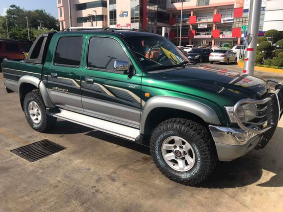 Toyota Hilux Doble Cabina Gasol