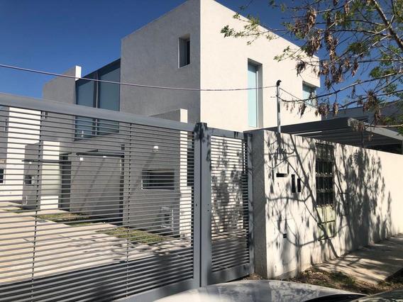 Alquiler Duplex 2 Dormitorios En City Bell 464 E/ 21a Y 21b