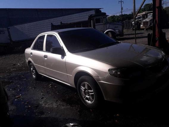 Mazda 2003 Sedan 323