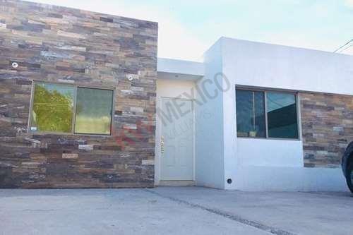 Casa Nueva En Venta De Un Piso Col. Centro En Lerdo, Dgo.
