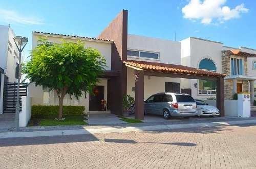 Casa En Condominio En Venta En Jurica, Querétaro, Querétaro