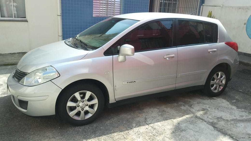 Nissan Tiida 2008 1.8 S 5p