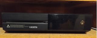 Xbox One Clásica 500gb + 1joistick + 2juegos