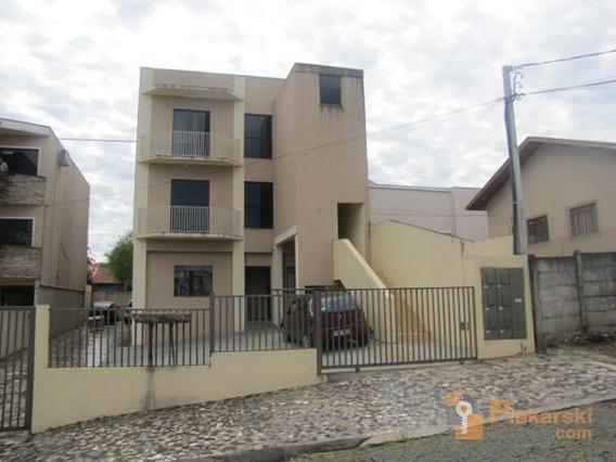 Apartamento Padrão Com 2 Quartos No Prédio Inteiro - 1104-v