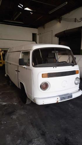 Volkswagen Kombi 1999 1.6 3p Gasolina